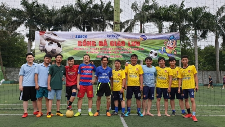 Phòng kỹ thuật Brother công ty SAO NAM AN và phòng IT bệnh viện Xuyên Á tổ chức buổi giao lưu bóng đá.
